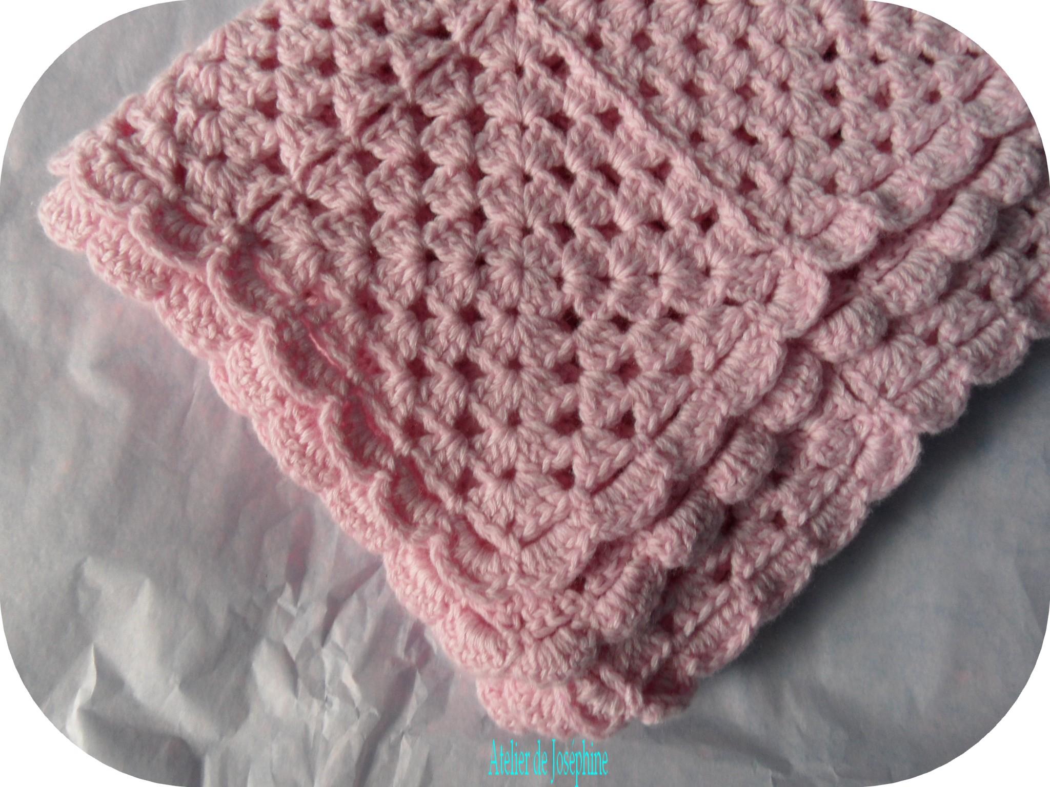 modele crochet couverture bebe 5. Black Bedroom Furniture Sets. Home Design Ideas