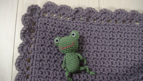 modele crochet couverture bebe 8. Black Bedroom Furniture Sets. Home Design Ideas