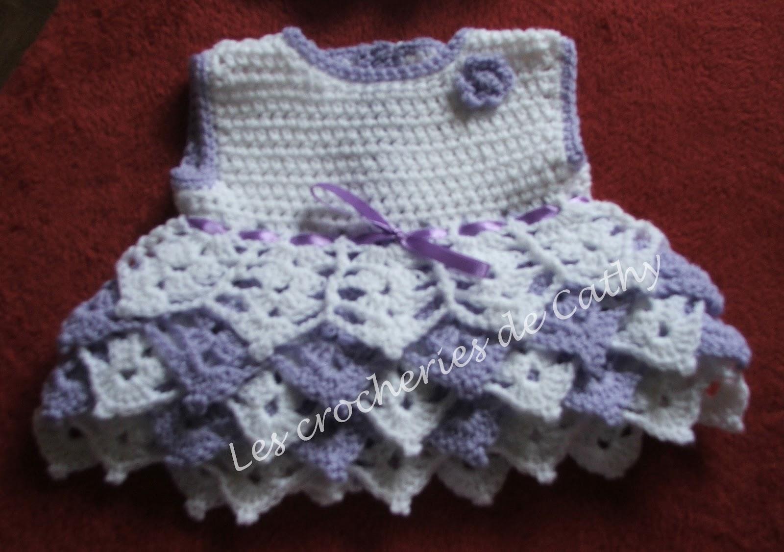 modele crochet robe bebe 8. Black Bedroom Furniture Sets. Home Design Ideas