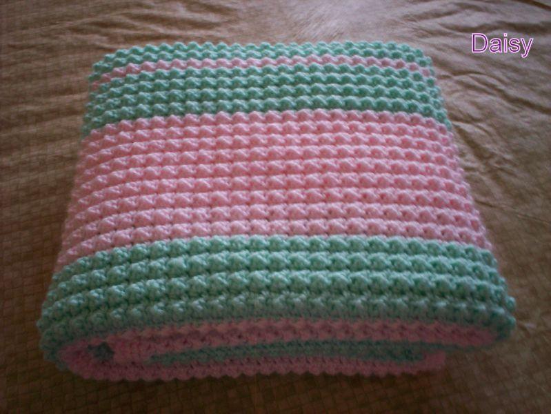 patron crochet couverture bebe gratuit 8. Black Bedroom Furniture Sets. Home Design Ideas