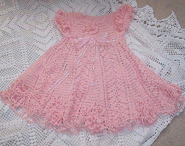Modele robe bebe au crochet - Robe bebe en crochet avec grille ...