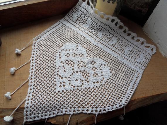 modele crochet rideau gratuit 18. Black Bedroom Furniture Sets. Home Design Ideas