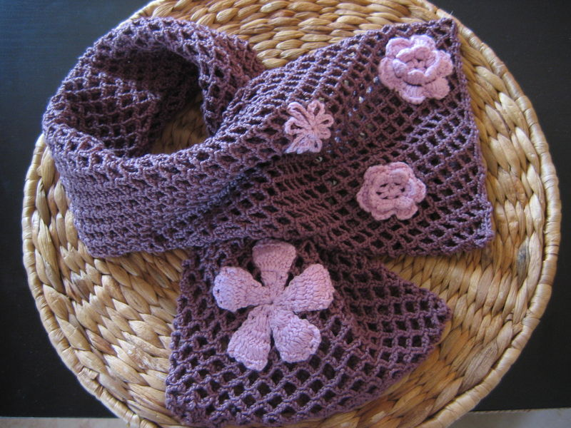 tuto crochet echarpe facile 1. Black Bedroom Furniture Sets. Home Design Ideas